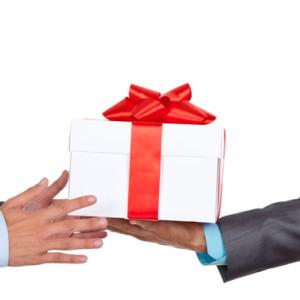 Подарки для сотрудницы на день рождения 920