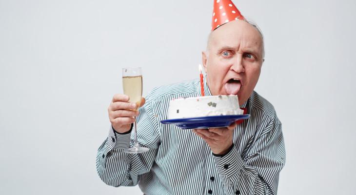 Что можно подарить мужчине на 65-летний юбилей