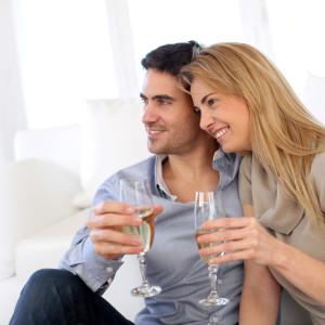 Что подарить на кружевную свадьбу (13 лет совместной жизни)?