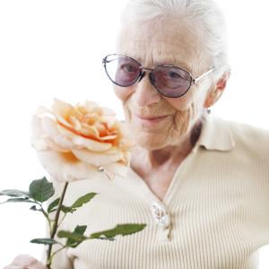 Что можно подарить маме на 80 летний юбилей?