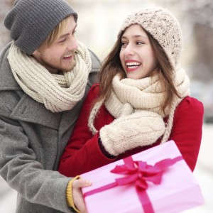 Идеи подарка девушке на 2 года отношений