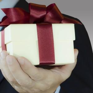 Идеи подарка для начальника на 23 февраля