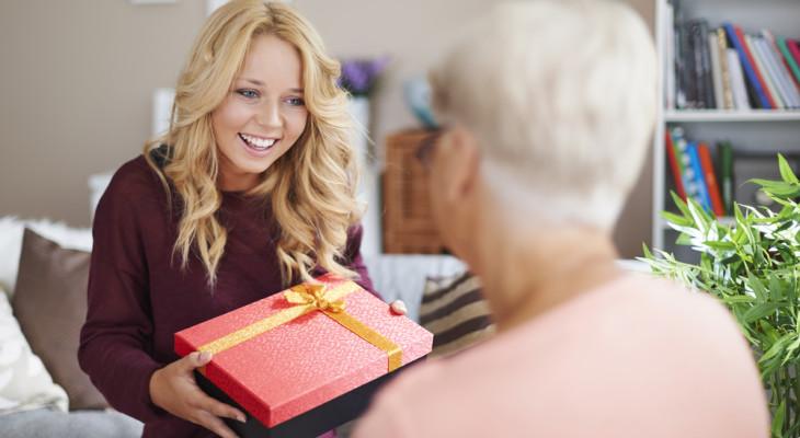 Идеи подарков для свекрови на день рождения