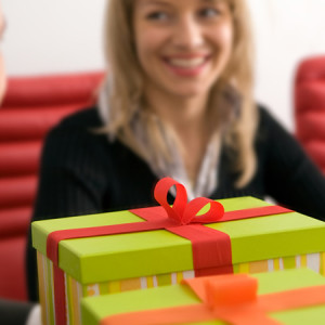 Идеи подарков сотрудникам