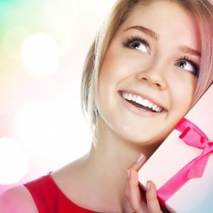 33 идеи для подарка девушке на 17-летие