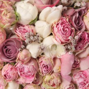 Выбираем букет цветов на свадьбу молодым