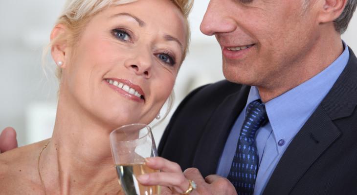 Подарок для родителей на годовщину свадьбы — 60 идей