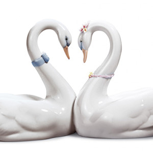 Идеи подарка на 36 лет свадьбы (фарфоровую, агатовую свадьбу)