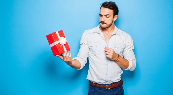 Какой подарок оценит мужчина Весы на день рождения