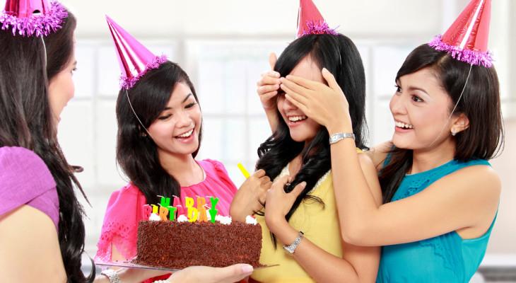 Как устроить сюрприз сестре на день рождения?