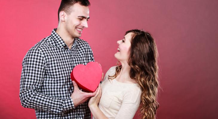 Подарок любимому парню на 14 февраля — 55 идей