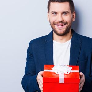 Какой подарок выбрать другу на 35 лет