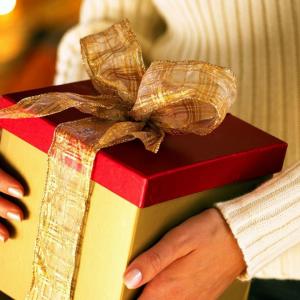 Идеи подарка для тети на Новый год