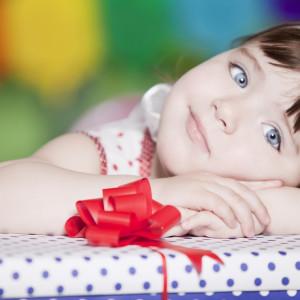 Идеи подарка для дочки на 8 марта