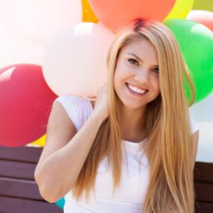 Подарок для девушки на 20 лет — 55 идей