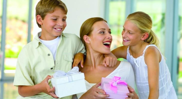 Идеи оригинальных подарков маме на день рождения
