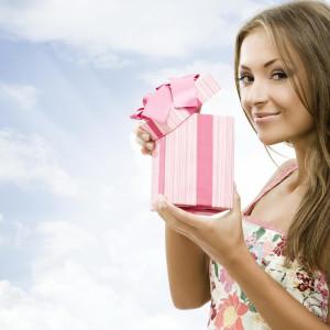 Идеи подарка девушке на 24-летие