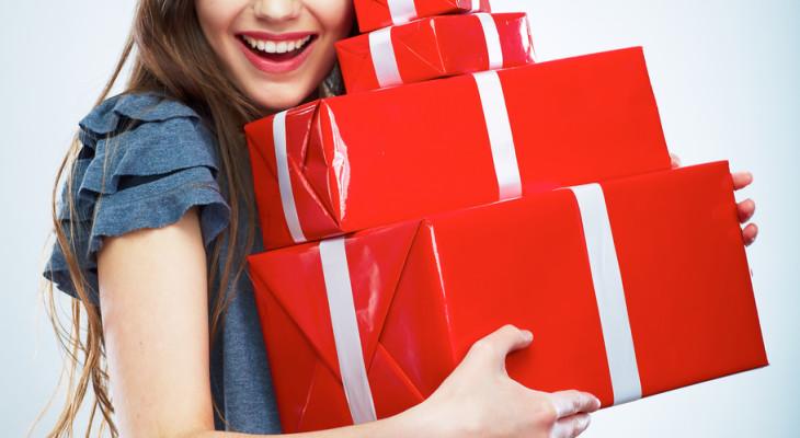 Что подарить женщине близнецу на день рождения
