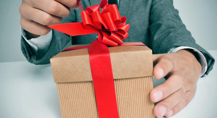 Идеи подарков мужчине на 23 февраля