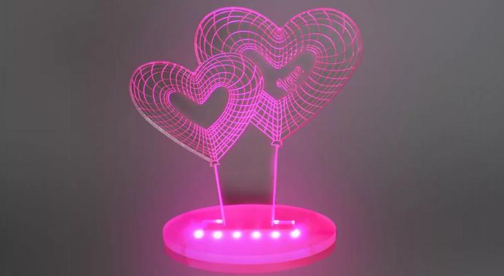 Светодиодный светильник с сердцами