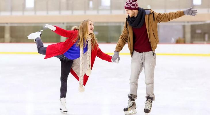 Катание на коньках или роликах