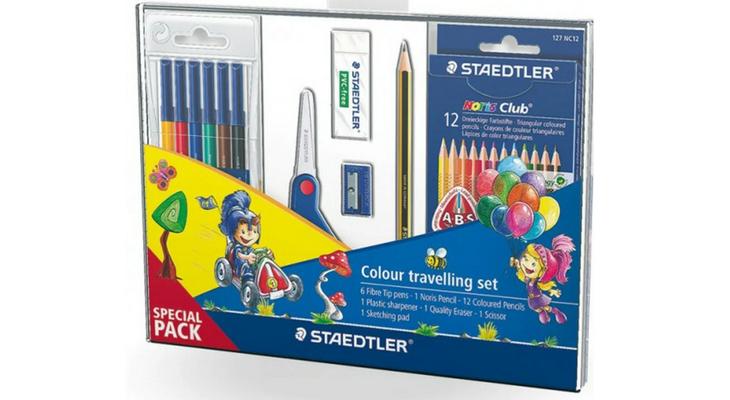 Набор фломастеров и карандашей