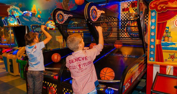Игровой центр с автоматами