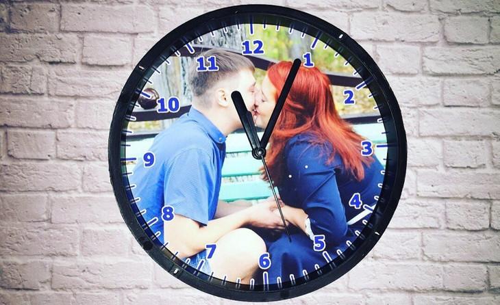 Настенные часы с вашим фото