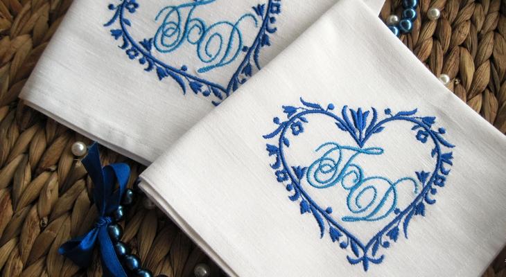 Платок с вышивкой