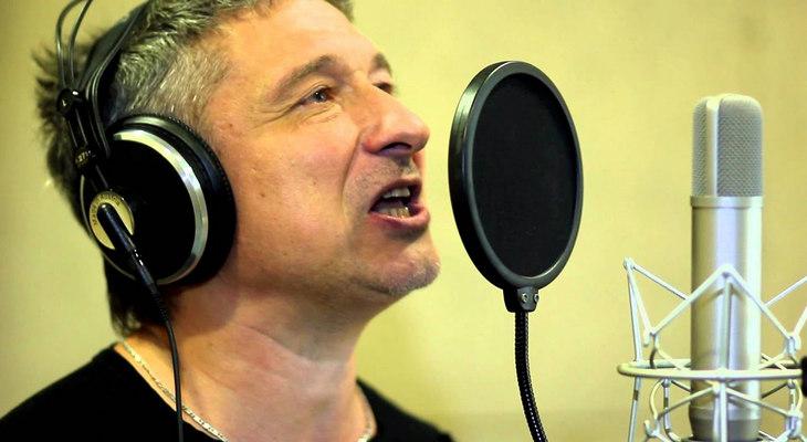Запись песни в студии