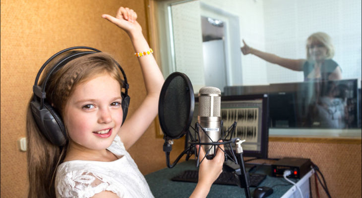 Запись песни на студии