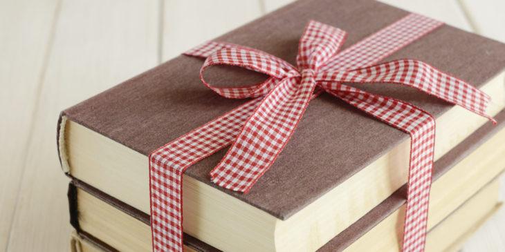 Подарок воспитателю на 8 марта - 25 идей с фото и видео
